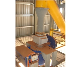Mass flow measurement for truck loading